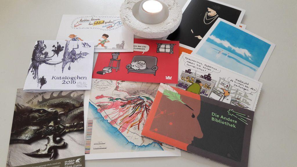 verschiedene Postkarten mit Comic- und Cartoonmotiven
