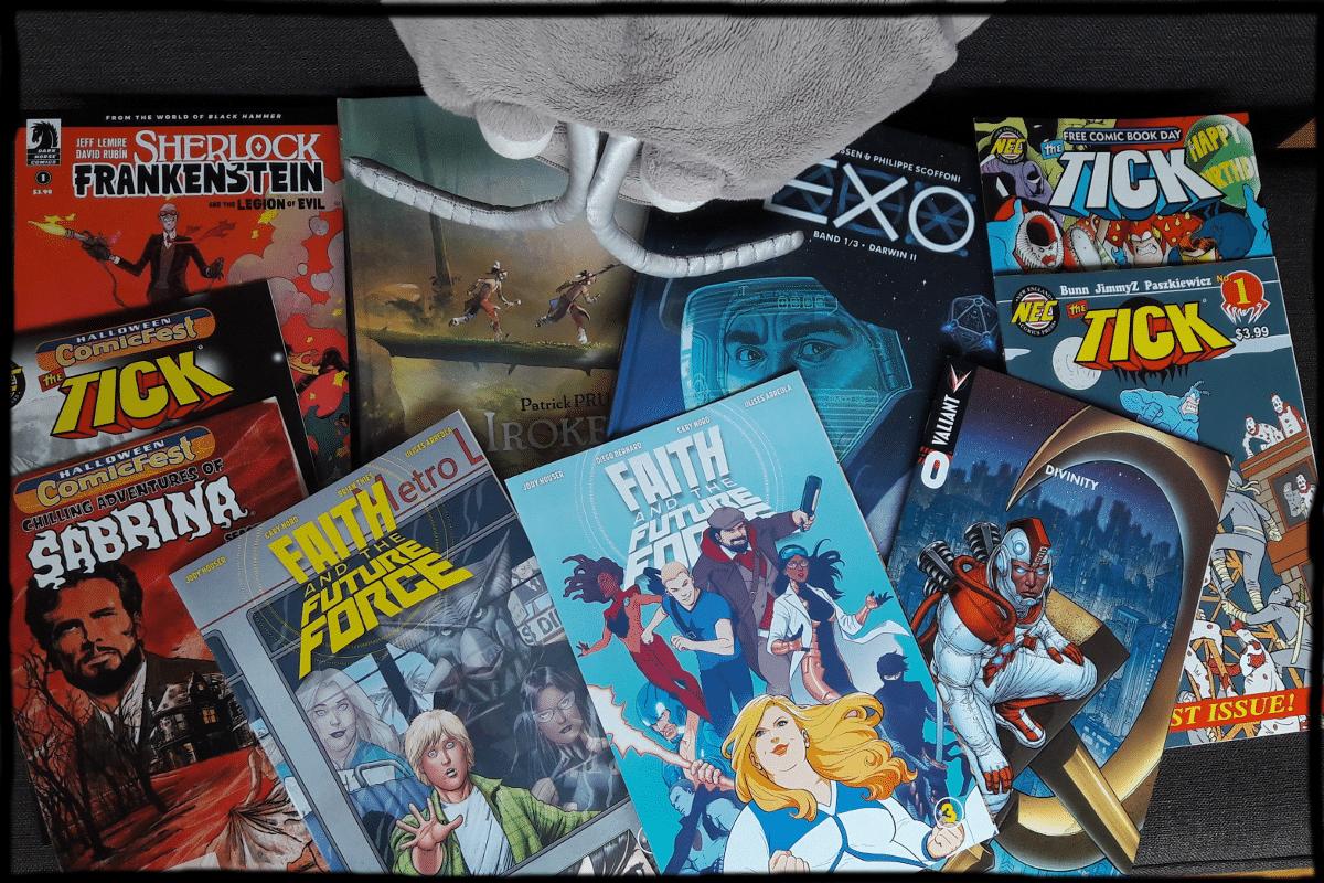 Mehrere Comics nebeneinandergelegt