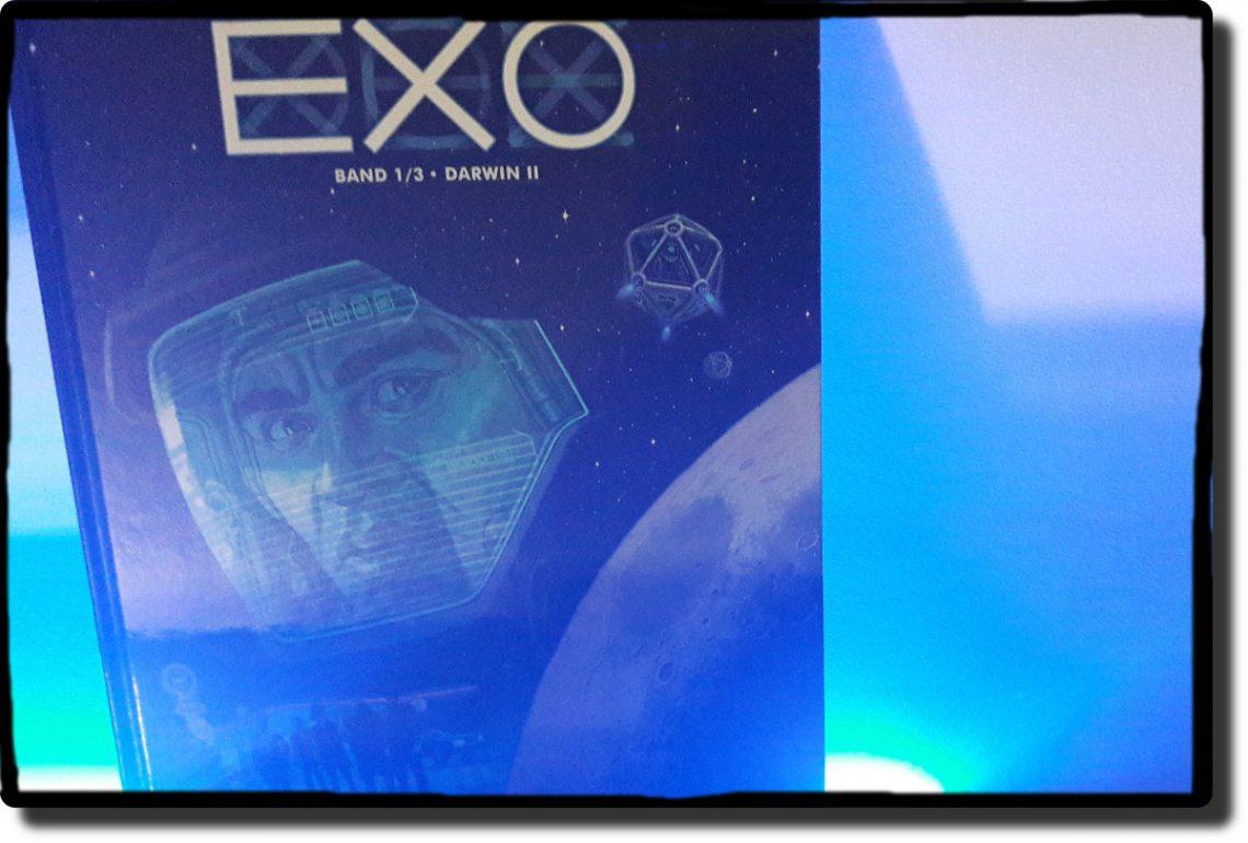 Exo Comiccover zeigt einen Astronauten, alles in blauen Tönen gehalten