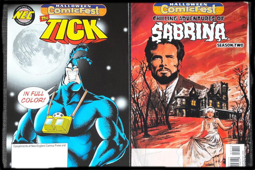 Links der Tick-Comic zum Halloween Fest, mit dem Tick auf dem Cover, rechts ein Sabrina-Heft auf dem Cover eine alte verfallene Villa, ein Mann in Großaufnahme und eine blonde Frau in weißem Kleid