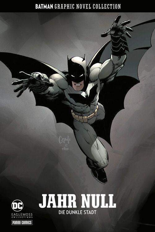 """Comiccover. Batman in schwarzweiß auf den Leser """"zufliegend"""""""