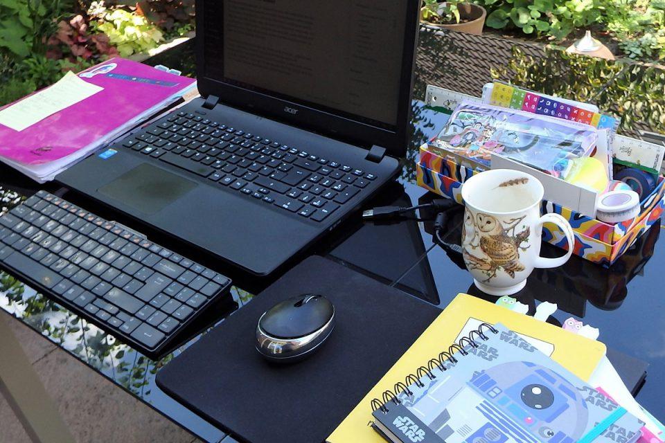 Notebook, Notizbücher, Kaffeetasse, Schreibutensilien