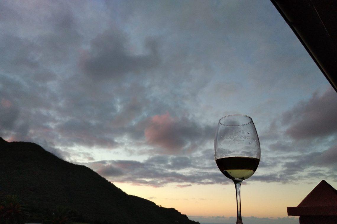 Weinglas vor dem Horizont