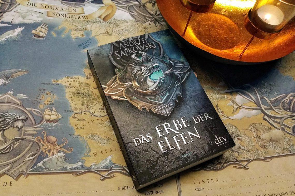 Roman liegt auf einer Landkarte der Nördlichen Königreiche
