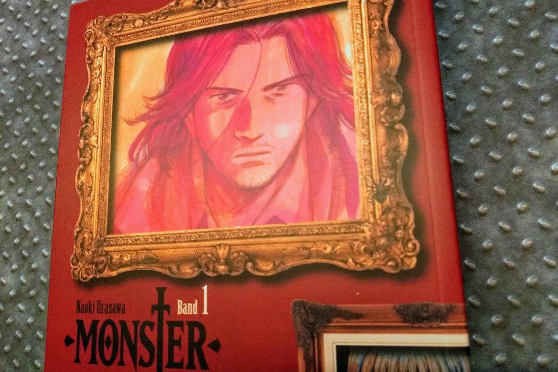 rotes Cover, das einen goldenen Bilderrahmen zeigt, darin ein Bild eines langhaarigen Mannes